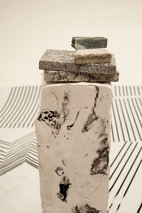 meteorites_installation_melina_faka_colonne7